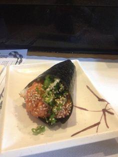 Scallop hand rolls (atakegai) at Teru Sushi, Studio City, CA