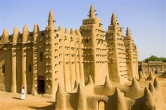 The Great Mosque of Djenné in Djenné, Mali, is constructed of sun-dried mud bricks.