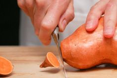 3 REASONS SWEET POTATOES HELP YOU LOSE WEIGHT. If your exposure to sweet potatoes is limited to the Thanksgiving table or your favorite diner's healthier french fry option, now's the time to open your eyes to the weight-loss wonders of the tuber. Here are three reasons sweet potatoes help you drop pounds.