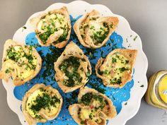Garantiert als erstes beim Brunch vergriffen: Von den Toast Muffins mit Käse und Schinken kann kein Gast die Finger lassen. So geht's Schritt für Schritt.