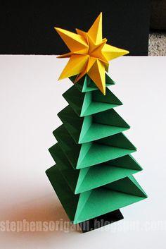 Stephen's Origami: Origami Christmas Tree Tutorial. I love this tree!