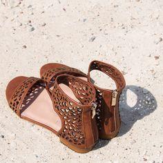 PERFECTO sandal Hobbs Shoes, Buy Shoes Online, Egg, Wedges, Sandals, Summer, Fashion, Eggs, Moda