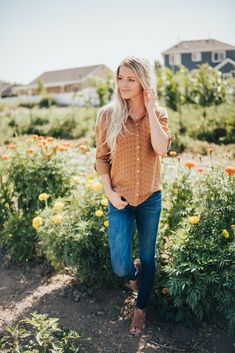 Tops Page 2 - Citrus & Lemon Fall Fashion Trends, Spring Fashion, Autumn Fashion, Fall Outfits, Cute Outfits, Fashion Outfits, Womens Fashion, Lemon Clothing, Winter Chic