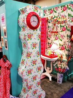 LOVE this clock! REbecca Merkles booth at quilt market spring 2011
