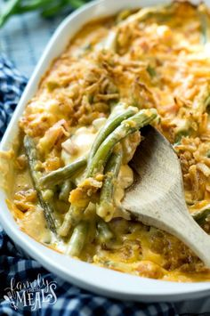 This Cheesy Ham Green Bean Casserole got all the flavor of the green bean casserole we know and love, but with that extra oomph from the ham and cheese! Family Fresh Meals, Easy Family Dinners, Side Dishes Easy, Side Dish Recipes, Main Dishes, Ham And Green Beans, Easy Weekly Meals, Classic Green Bean Casserole, Healthy Casserole Recipes