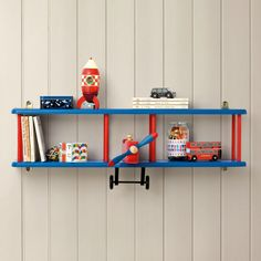 Really Cool Shelves For Kids' Room to Copy ➤ Discover the season's newest designs and inspirations for your kids. Visit us at kidsbedroomideas.eu  #KidsBedroomIdeas #KidsBedrooms #KidsBedroomDesigns @KidsBedroomBlog