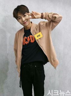 This lil hoe Nct 127, Winwin, Taeyong, Jaehyun, K Pop, Astro Moonbin, Huang Renjun, Sm Rookies, Jung Woo