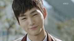 cute puppy is cute! #LeeWonGeun #SassyGoGo