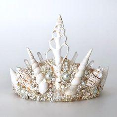 Your place to buy and sell all things handmade – Receita Beach Costume, Seashell Crown, Mermaid Crown, Sea Crafts, Mermaid Parties, Crystal Crown, Circlet, Diy Hair Accessories, Mermaid Birthday
