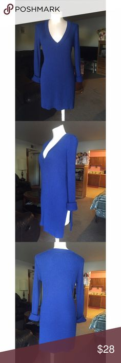 H&m sweater/dress Royal blue , v-neck , sweater dress open on the sides, it can be wear with shorts or leggings or jeans , brand new ! H&M Sweaters V-Necks