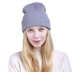 66cf9d9ddcba Ukallaite Notre siècle Femme Tendance Mode Bonnet en Tricot Chaud Hiver  Couleur Unie Bonnet de Ski