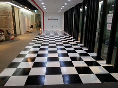 EK TOWER- Black and White P-tile