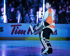 Philadelphia Flyers G Steve Mason Flyers Players, Flyers Hockey, Hockey Goalie, Hockey Players, Hockey Rules, Fly Guy, Jonathan Toews, Patrick Kane, Philadelphia Flyers