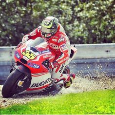 Another bad race in Brno, out qualified and beaten in the race by both factory team mate Dovi and satellite rider iannone. Motogp, Ducati, Golf Bags, Motorcycle Jacket, Barcelona, Racing, Bike, Instagram Posts, Pictures