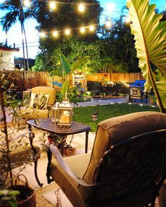 Lighting in the patio brings in a different atmosphere in the decor while setting a more relaxed mood.