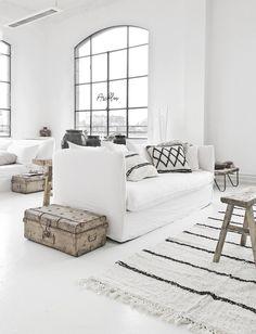 Home Decoration Design Ideas Product 1930s House Interior, Grey Interior Doors, Monochrome Interior, Cafe Interior, Interior Design, Scandinavian Interior, Interior Paint, Living Room Inspiration, Home Decor Inspiration