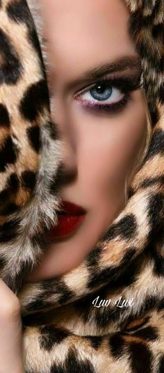 Most Beautiful Faces, Beautiful Cats, Red And Pink, Pink Grey, Animal Print Fashion, Love And Light, Sensual, Beauty And The Beast, Womens Fashion