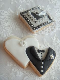 bride groom heart cookies