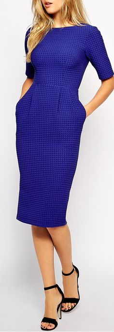 nothing chicer than a sheath dress