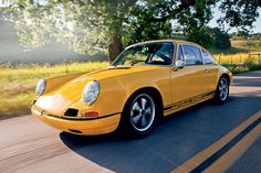 Terry English's magnificent tribute to the 4th prototype #Porsche 911R. Built from a 912 shell with a total budget of $25,000.