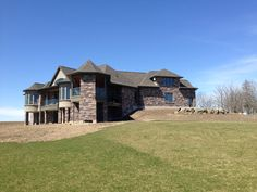 Private Residence, London, ON - Upper Canada Chocolate & Mocha Sawn Bed Ledgerock Mocha Chocolate, Building Stone, House Landscape, Natural Stones, Canada, London, Mansions, House Styles, Bed