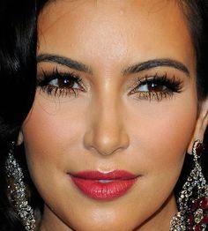 #kimkardashian http://www.thecelebrityreview.com/