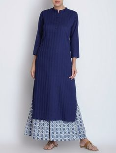 Buy Blue Pintuck Detailed Cotton Kurta Apparel Tunics & Kurtas Tales in… Pakistani Dresses, Indian Dresses, Indian Outfits, Ethnic Fashion, Indian Fashion, Boho Fashion, Casual Hijab Outfit, Casual Dresses, Kurta Patterns