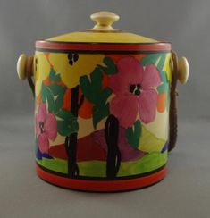 Rare Clarice Cliff 'Applique' biscuit barrel, Palmero pattern,… - Cliff, Clarice - Ceramics - Carter's Price Guide to Antiques and Collectables Pottery Art, Pottery Ideas, Clarice Cliff, Art Deco Furniture, Ceramic Artists, China Porcelain, Barrel, Susie Cooper, Arts And Crafts