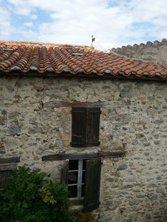 Eus : Pyrénées-Orientales, France. Beaux Villages, France, Garage Doors, Outdoor Decor, Carriage Doors, French