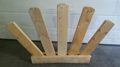 Fan filler made from recycled pallates which you can keep natural for hunters or paint them bright colours for jumpers