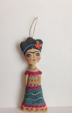 Cloth art doll-Art doll Frida Fabric doll-Cloth por NatashaArtDolls