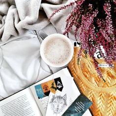 Bom dia :)   Credits to @magda.reads .  #book #books #bookstagram #bookish #bookaddict #bookaholic #bookworm #booklover #booknerd #bibliophile #literature #czytambolubie