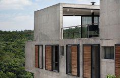 apiacas arquitetos: itahye residence in sao paulo