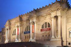 El Museo Metropolitano de Arte de Nueva York ha catalogado y puesto para descargar de forma gratuita más de un centenar de libros de historia del arte de su colección. Para todos aquellos interesad...