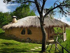 Habitat alternatif : une maison en paille
