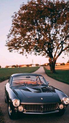 Old Classic Cars, Classic Sports Cars, Bmw Classic, Old Vintage Cars, Old Cars, Vintage Sports Cars, Antique Cars, Fancy Cars, Cute Cars