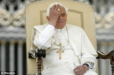pope_face_palm.jpg;  468 x 311 (@100%)