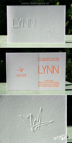 letterpers_letterpress_geboortekaartje_Lynn_origami_fluor_oranje_kraanvogel