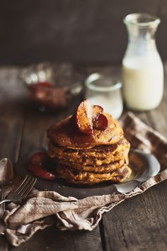 whole wheat pumpkin pancakes with apple-maple compote by hannah * honey & jam, via Flickr -- recipie here: http://www.honeyandjam.com/2011/10/whole-grain-pumpkin-pancakes-with-apple.html -- what a beautiful photo -- sounds like a great recipe to try