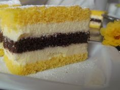 "Hellena ...din bucataria mea...: Prajitura ""Felie de lamaie"" Vanilla Cake, Deserts, Kuchen, Postres, Dessert, Plated Desserts, Desserts"