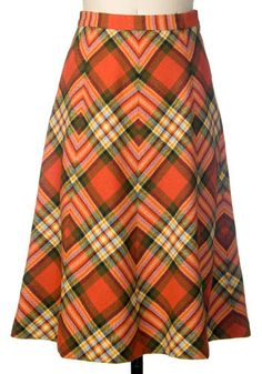 Vintage Scottish Lass Skirt, #ModCloth A-line skirt, circa 1970s Size is not marked By Jenners of Edinburgh, Scotland High-waisted, side zippered, 100% wool