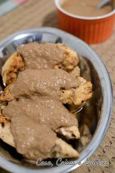 Frango com molho de amendoim à moda de Curaçao / Curaçao peanut sauce chicken