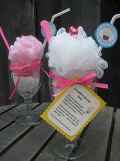 Bath Sundae~cute little teacher gifts or party favors. Craft Gifts, Diy Gifts, Food Gifts, Party Gifts, Party Favors, Spa Party, Party Fun, Little Presents, Ideias Diy