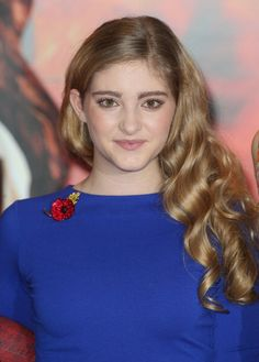 Willow Shields - The 'Catching Fire' Photocall in London: http://www.panempropaganda.com/movie-countdown/2013/11/11/the-hunger-games-catching-fire-photocall-in-london-3.html