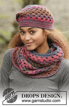 """In Treble / DROPS - Set consists of: Crochet DROPS hat and neck warmer with treble groups in """"Big Delight"""". - Free pattern by DROPS Design Design uncinetto In Treble / DROPS - Free crochet patterns by DROPS Design Crochet Adult Hat, Bonnet Crochet, Crochet Beret, Crochet Scarves, Crochet Clothes, Free Crochet, Knitting Scarves, Sombrero A Crochet, Hat And Scarf Sets"""