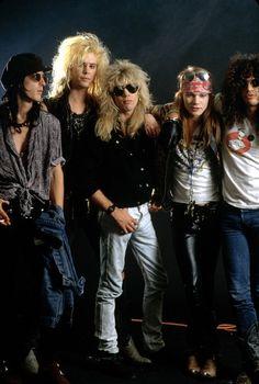 GNR Steven Adler  Izzy Stradlin  Duff McKagan  Axl Rose  Slash