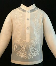 Pina Jusi Boy's Barong Tagalog Barongs R Us committed to offer qualitative and extensive range of original Barong suits, dresses, branded clothing, Barong Tagalog for men & Filipiniana dresses for women. Barong Tagalog, Filipiniana Dress, Philippines Fashion, Chinese Collar, Line Shopping, Formal Looks, Pinoy, Suits, Stylish