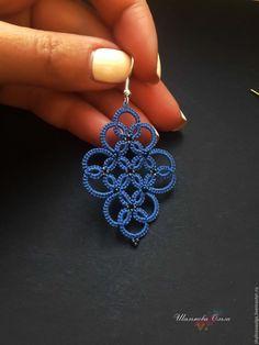 Best 12 Handmade tatted bracelet with blue beads by BestBijouStore on Etsy – SkillOfKing. Tatting Necklace, Tatting Jewelry, Tatting Lace, Shuttle Tatting Patterns, Needle Tatting Patterns, Crochet Necklace Pattern, Crochet Mandala Pattern, Diy Lace Earrings, Crochet Earrings