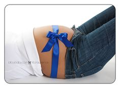 cute idea to let people know if it's a boy or a girl!
