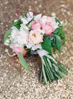Soft pink bouquet | 100 Layer Cake